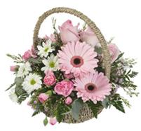 Mandje met roze bloemen